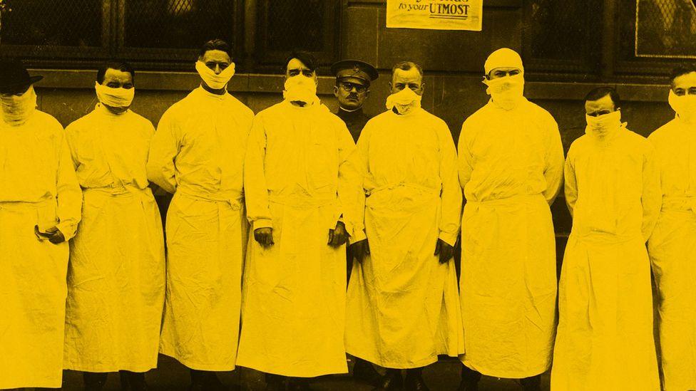 Doctors during 1918 flu pandemic