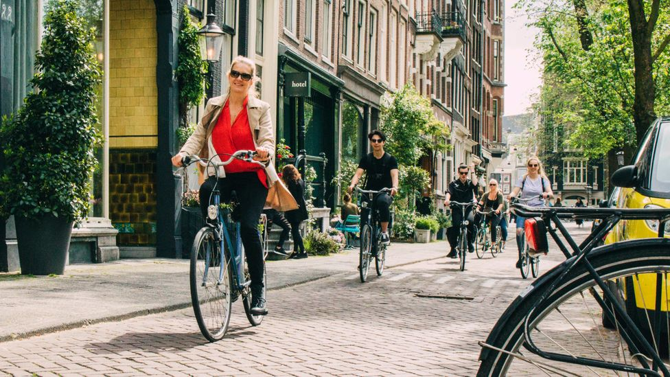 27% of trips made by Dutch residents are by bike, compared to under 1% of daily trips in the US. (Credit: Getty Images)