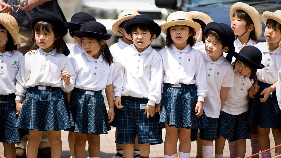 O estabelecimento de normas sociais no Japão começa desde tenra idade (crédito: Alamy)