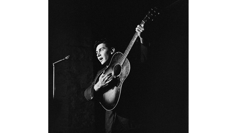 After the US singer-songwriter Phil Ochs met Jara in Chile in 1971, he told his brother: 'I just met the real thing (Credit: Getty Images)