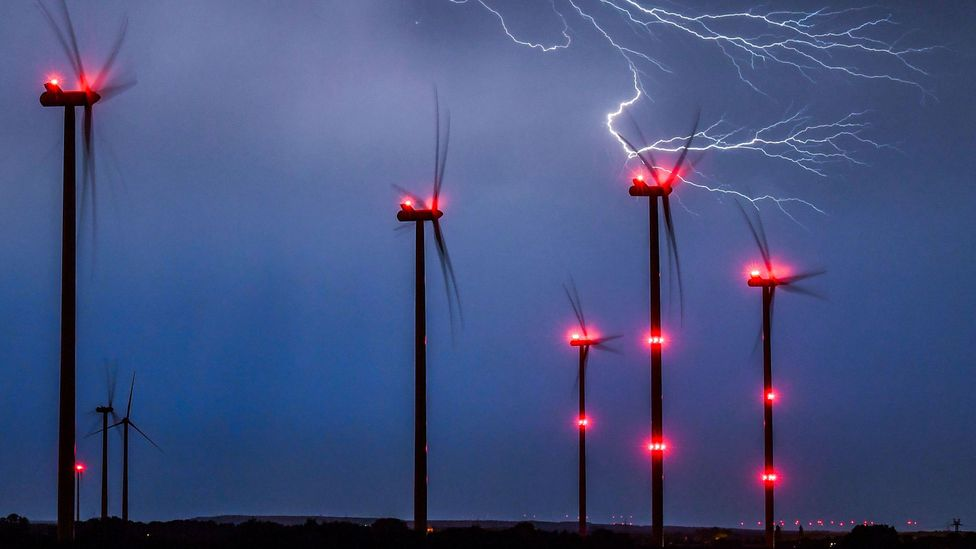 Conventional wind turbines can be highly efficient, but in storms they become vulnerable (Credit: Getty Images)