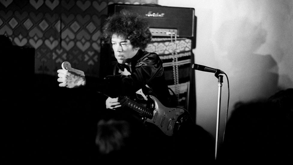 Hendrix paid his dues working with bigger bands, learning innovations of groundbreaking guitarists (Credit: Getty Images)