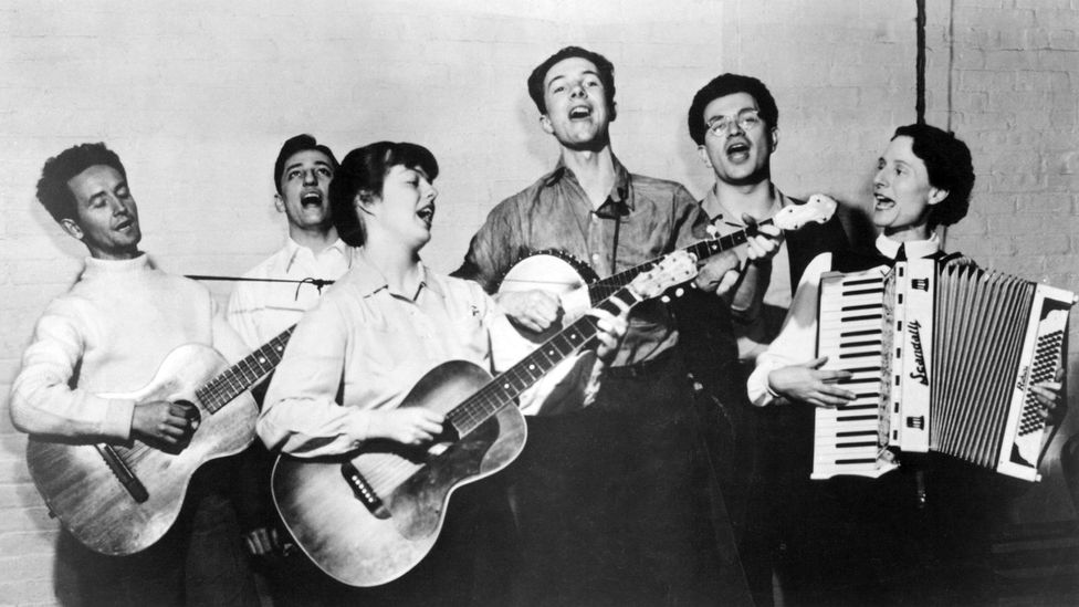 Born in Oklahoma in 1912, Woody Guthrie was a natural entertainer who was drawn to the vagabond life (Credit: Getty Images)