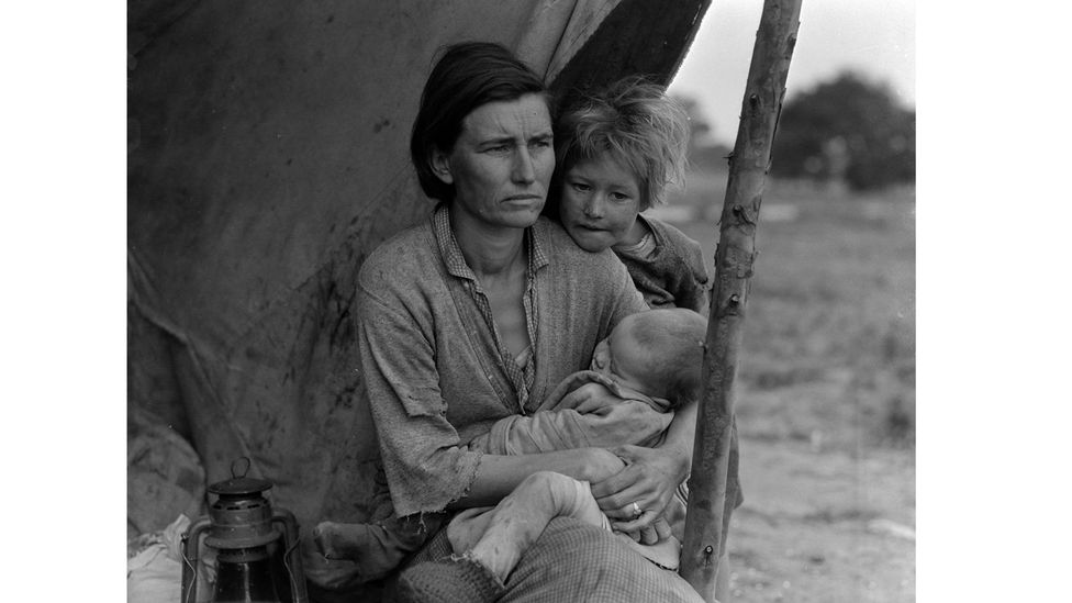 Guthrie was outraged by the plight of economic migrants who were known as 'Okies' – captured by the photographer Dorothea Lange (Credit: Getty Images)