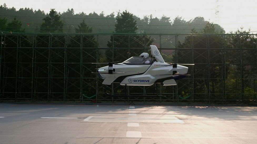 The SD-03, a manned flying car, takes a test flight in Japan in August 2020 (Credit: SkyDrive/Reuters)