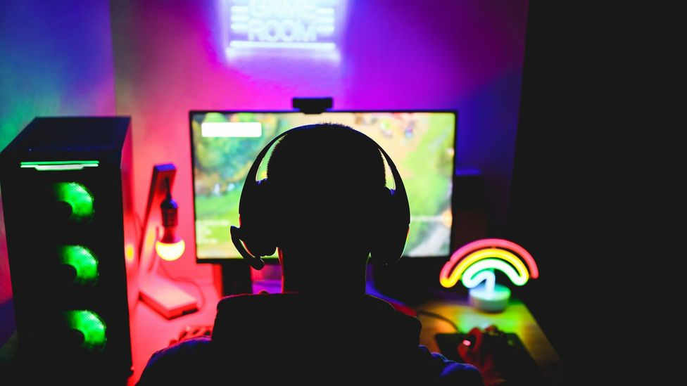 How online gaming has become a social lifeline - BBC Worklife