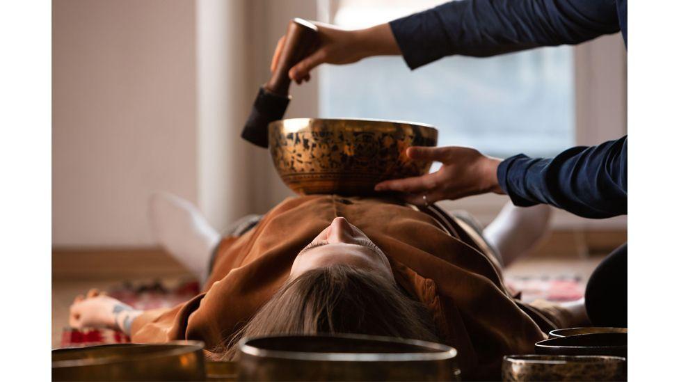 Hak atas foto Alamy Dalam tradisi Tibet, gong diyakini terkait secara spiritual dengan alam semesta.