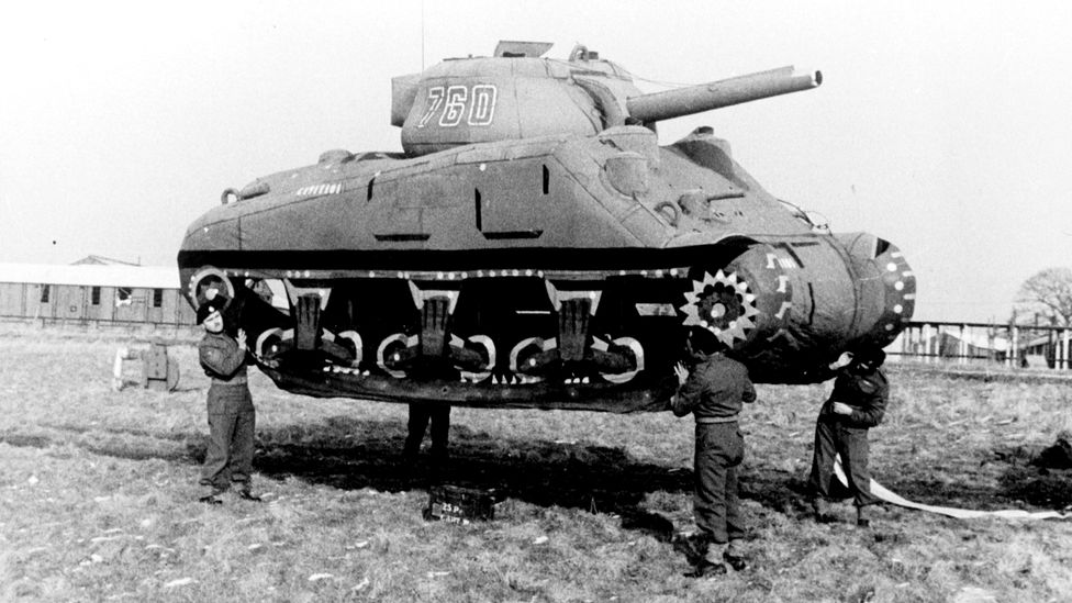 A decoy tank made of rubber in 1939 (Credit: Roger Viollet via Getty Images)