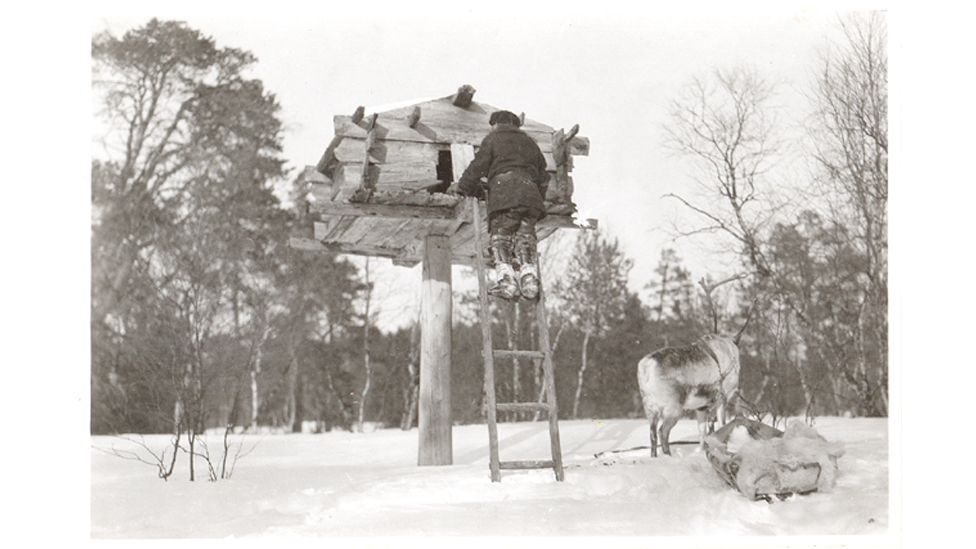 The creators of the Niliaitta home were inspired by traditional Finnish storage structures (Credit: Karl Nickul/ Fenno-Ugric Picture Collection/ Finnish Heritage Agency)