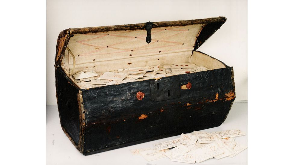 The trunk holding the Brienne Collection, a cache of undelivered letters from the 17th Century (Credit: Sound and Vision The Hague, The Netherlands)