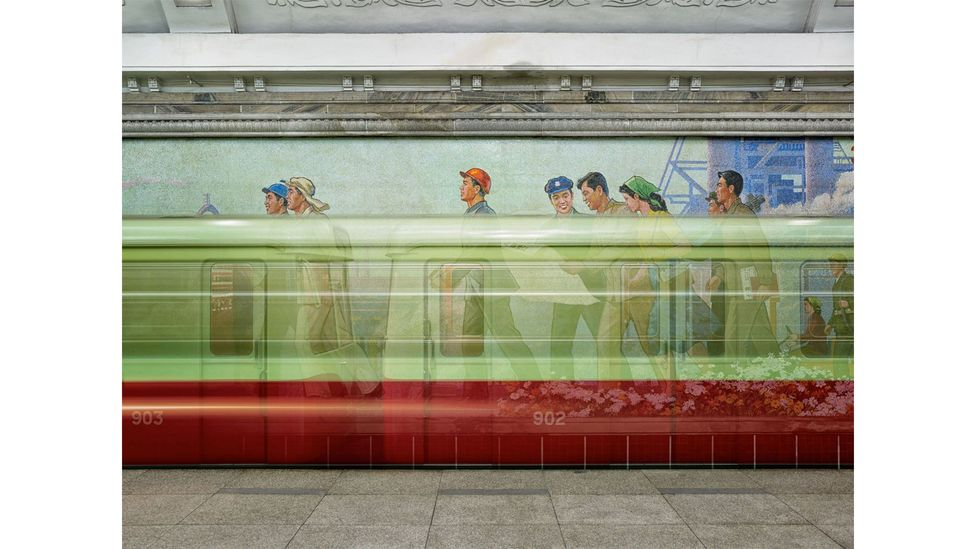 Factory Workers, from the series Setting the Stage, Pyongyang, North Korea, 2014-2017, by Eddo Hartmann (Credit: Eddo Hartmann)