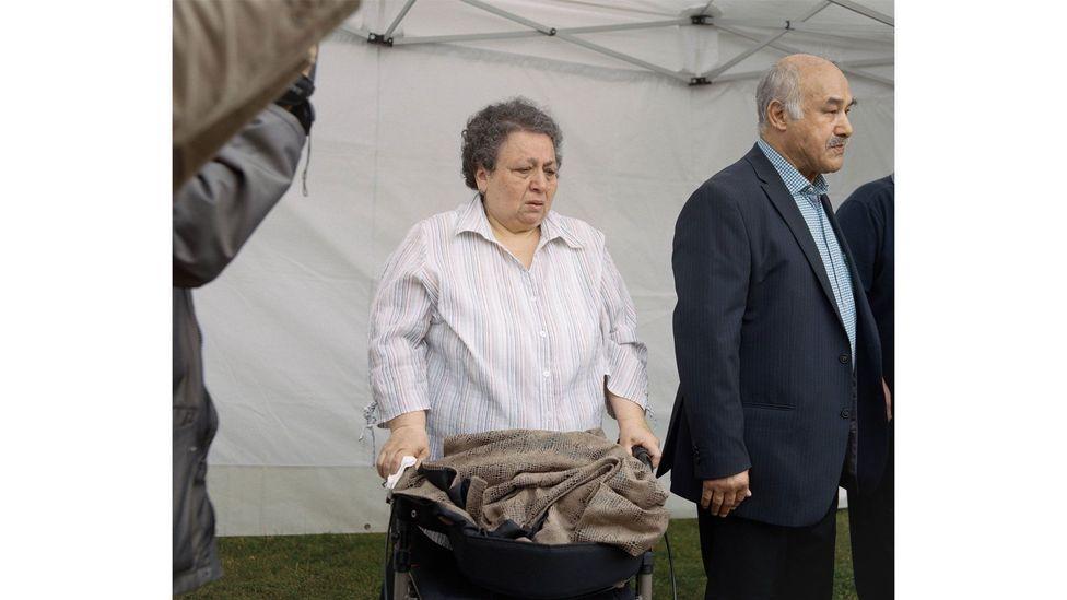 Hatice Taşköprü, mother of Süleyman Taşköprü, the third NSU murder victim, 2014, Tasköprüstraße, Hamburg by Paula Markert (Credit: Paula Markert)