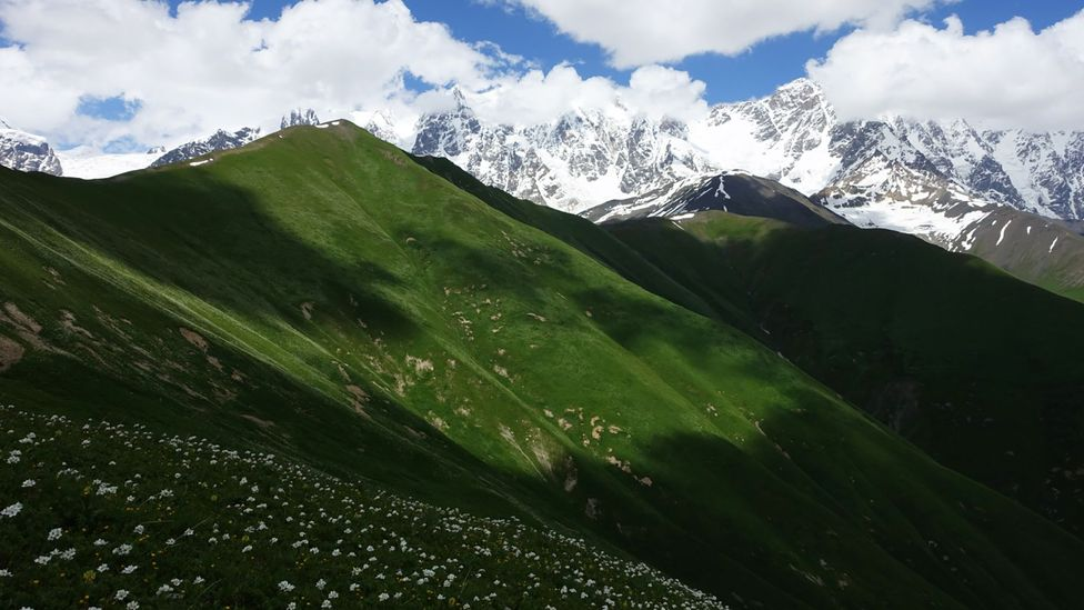 The Transcaucasian Trail leads hikers across the southern slopes of the Caucasus Mountains (Credit: Transcaucasian Trail Association)