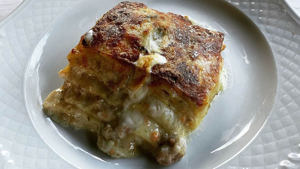 Patina Cotidiana, a tomato-less predecessor to lasagne, is one of the signature dishes at Hostaria Antica Roma (Credit: Paolo Magnanimi)