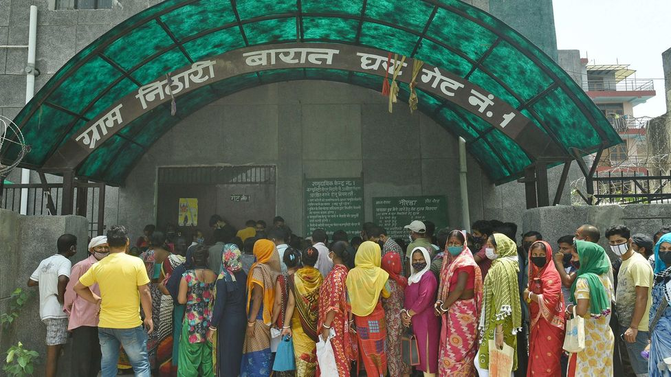 Making vaccine centres easy for locals to get too - like this one in India - makes them more likely to be used (Credit: Sunil Ghosh/Hindustan Times/Getty Images)