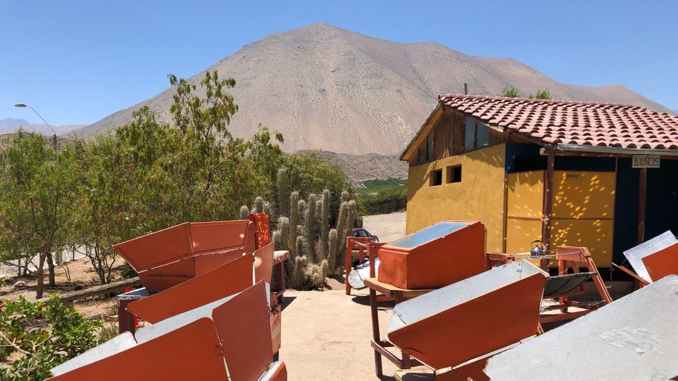 In a growing trend, increasing numbers of chefs across northern Chile are using solar ovens to cook traditional foods (Credit: Mark Johanson)