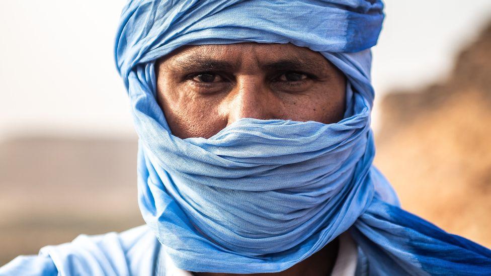 Men proudly wear blue daraas in Nouakchott