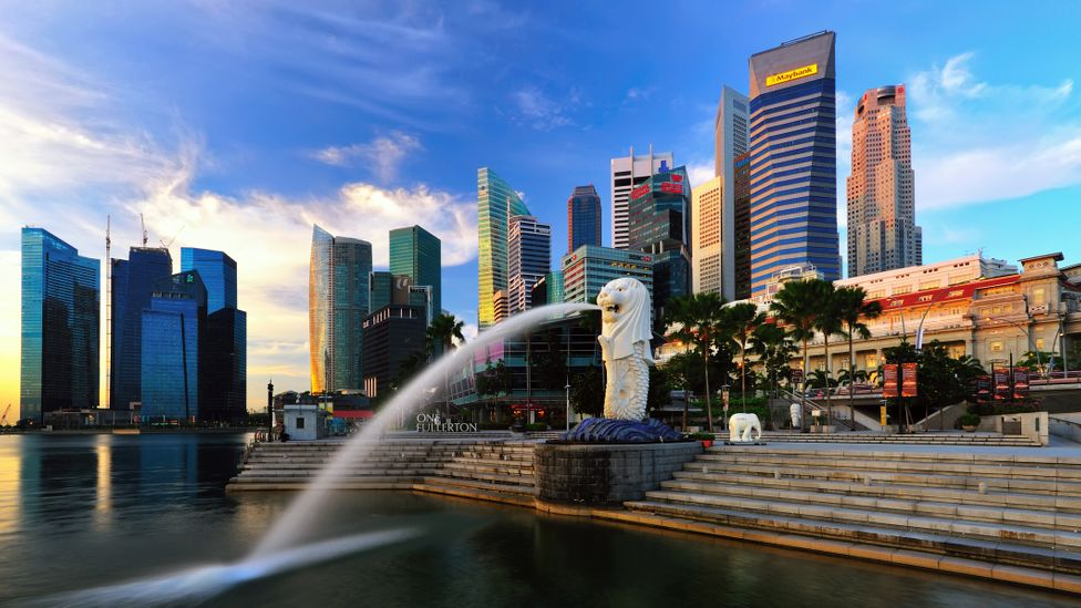 To remain as safe as possible, Singapore is using crowd-tracking software and mobile apps for check ins (Credit: Tonnaja/Getty Images)
