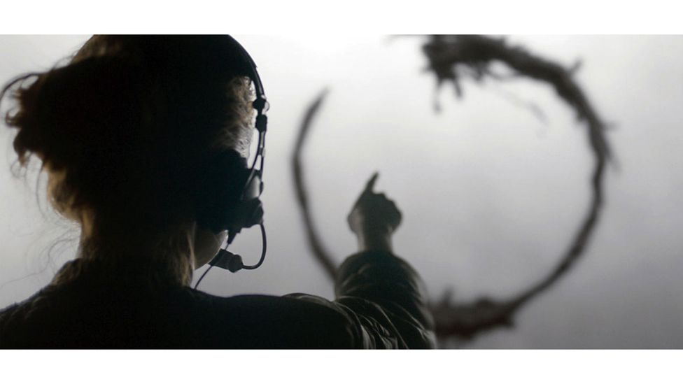 In Arrival, decoding an alien language gives a character a different view of time (Credit: 21 Laps Entertainment)