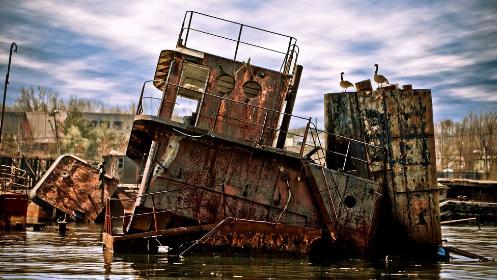 The waters around New York are littered with shipwrecks – some are visible, but most are not (Credit: Carlo Borlenghi/Getty Images)