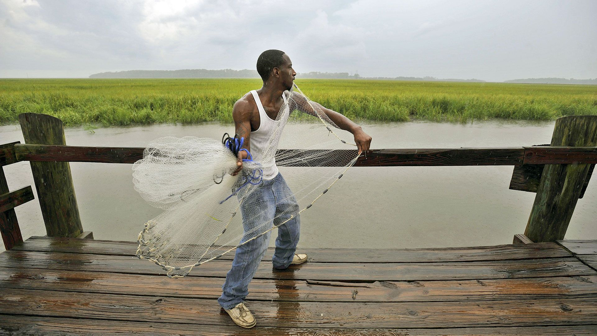 Shellfish is an integral part of Gullah Geechee cuisine, but rising sea levels and salt water erosion are causing the habitat to shift (Credit: ZUMA Press, Inc./Alamy)